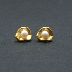 Silver gold plated earings with pearl